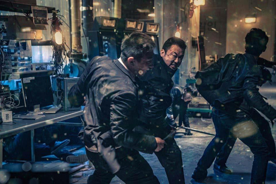 Sylvester Stallone to produce remake of Korea's 'The