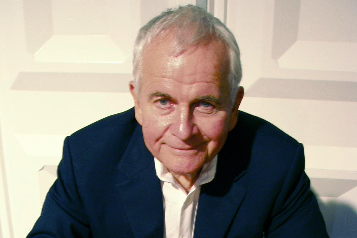 Ian Holm, 'Alien' and 'Lord Of The Rings' actor, dies aged 88 ...