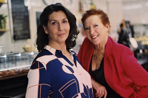 Loes Luca and Elvira Miìnguez  Brenda van Leeuwen