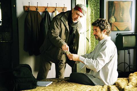Fernando Trueba directs Ricardo Darin in The Dancer And The Thief.
