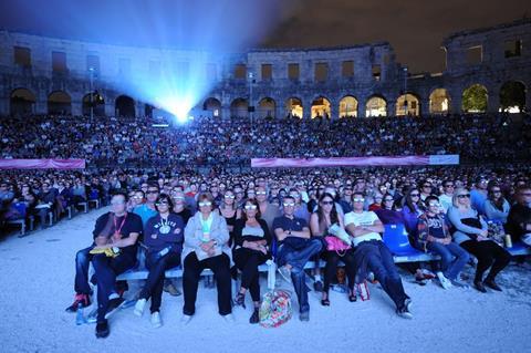3D_amphitheater