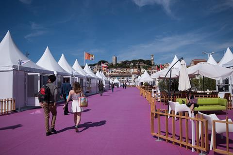 cannes marche international village