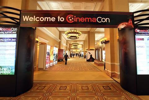 cinemacon_2013_2