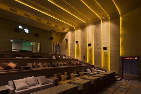 Embassy Diplomat Screens