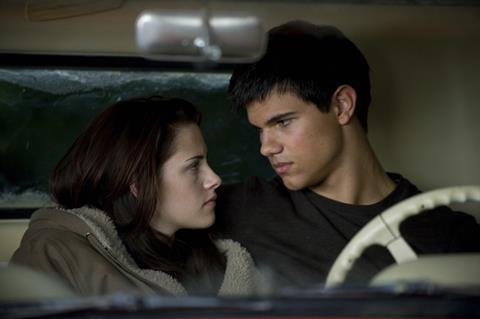 Kristen Stewart and Taylor Lautner in New Moon